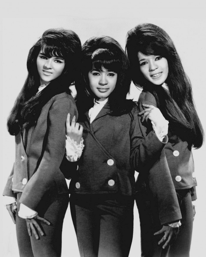 The_Ronettes_1966