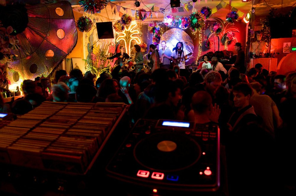 Save Passing Clouds: the best community jam in Dalston